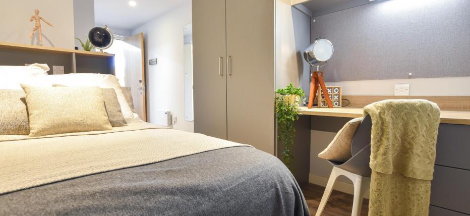 3 Bed Gold En Suite