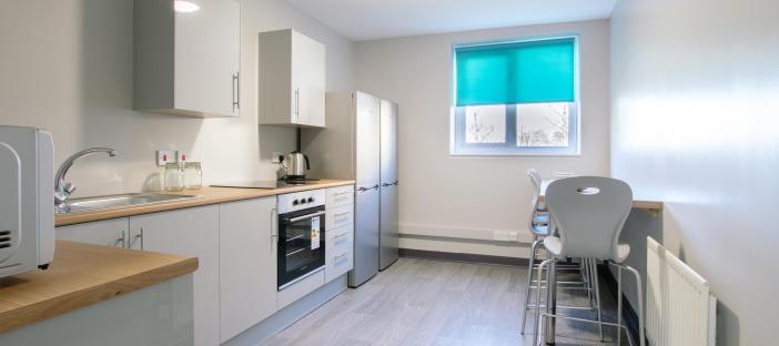 Classic Plus Ensuite with Premium Kitchen/Lounge