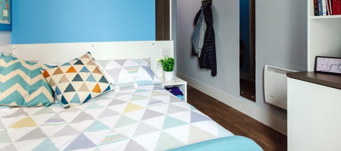 Classic Ensuite Bedroom
