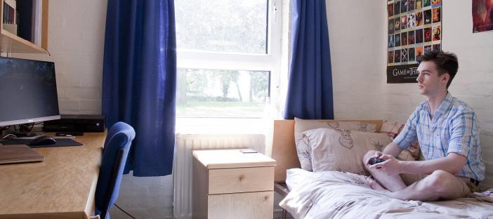 Darwin College standard bedroom