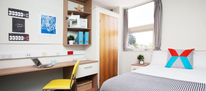 Northernhay House - One-Bed Flat